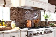 Frontales de cocina / Diferentes ideas para forrar los frontales de la cocina.  Se pueden hacer verdaderas maravillas que cambian completamente el aspecto de ésta.