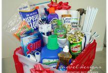gift baskets / by Wanda Bloomer