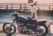 Moto - Ladies's ride / Les femmes aussi font de la moto. Ces images vous motiveront certainement à passer le permis !