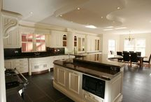 Christoff Traditional Hand Painted Kitchen / Bespoke Handcrafted Designed  Kitchen