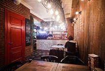 Restaurantes y bares - Restaurants/Bars