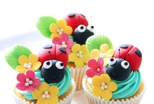 cupcakes / by Jolanda Bigger