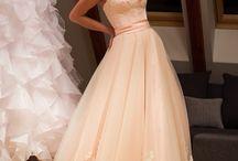Real photos of designer wedding dress online / Seek out real photos of designer wedding dress from our store! Designer & affordable.