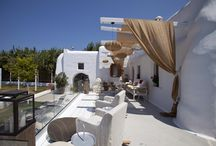 ARCHAION KALLOS VILLA ESTATE NAXOS ISLAND CYCLADES GREECE / Checking into ARCHAION KALLOS isn't just about the gracious hospitality of a Cycladic mansion.It's also the secret key to getting the very best out of life in this stylish resort.