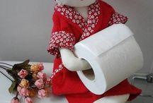 boneca de banheiro
