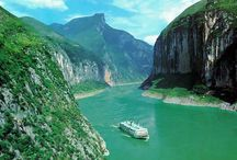 Yangtze River from different dimensions / Different seasons, in different time, Yangtze River will show you different beauty in front of your eyes. Find your love at http://www.yangtze-river-cruises.com/