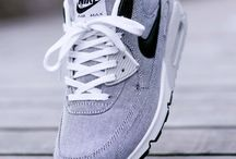 Sneakers & Trainers
