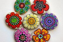 piedras pintadas flores