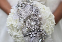 1920's Glam Wedding / Decor and floral inspiration for a 1920's Glamorous wedding