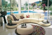 round lounge