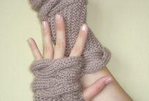 Knitting / by Donna Whiteside aka Barking Dog Gallery