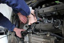 Le Qualifiche: Autoriparatore / Il corso forma i giovani a diventare professionisti nella manutenzione e riparazione di mezzi a motore.