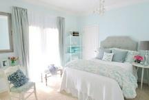 quiero mi dormitorio!! / by Carla Bobadilla