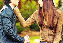vampire diaries  / i love damon and elena !!