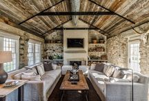 Cottage / by Carolyn Cowan