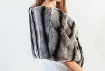 Luxury real fur stoles & shawls / Amifur.com offers the best selection of real fur shawls and stoles -Fox fur stoles, mink, lynx, rex. Each of our fur shawls is made in Italy. www.amifur.com