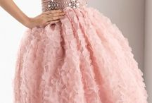 Prom dress / I want one of these dress for my prom