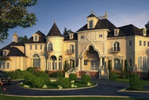 DREAM HOUSE / by Emily Burton