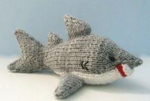 Knitting toys / by Kada in Storrdatha