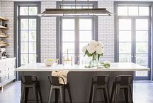 Kitchens / by Sophie Bilodeau