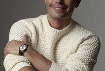 Doctor Carlos Saiz / Specialist in cosmetic dentistry .
