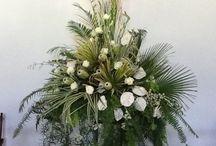 Floral Arangement ! / Rangkaian Bunga !