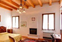 Rooms / Camere Locanda alle porte 1632