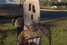 Halloween/fall decor / by Candace Roush