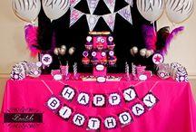 Izzys birthday / Icarly cake