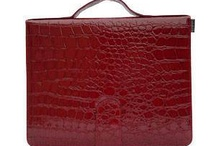 Bagabook iPad Case / iPad 2, 3 and 4 case Red croc, protect your ipad and carry it in style.