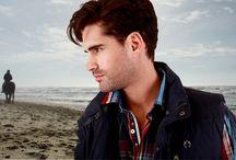 Herrenmode Winter 2014 / Die sportlich maritime Kollektion besticht durch edle Materialien, besonders hochwertige Verarbeitung und exklusive Details aus der Herren Mode.