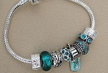 Products for Ovarian Cancer Awareness / Show your teal!
