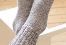 Knit/Slippers & Socks