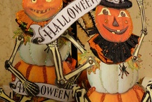 Halloween decorations - vintage - invites, table and other
