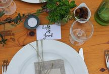 A table / Meal time