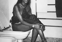 Celebrities on toilets / by Sanne Z