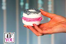 Bomb: Pasticceria Esplosiva / Bomb Cosmetics è un brand inglese che realizza burri corpo, bombe effervescenti, saponi, scrub corpo e labbra dal gusto irresistibile e dalla forma di bigné