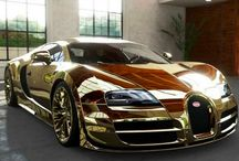 Made out of pure gold, valuable piece of work / Golden coated car