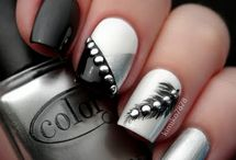 nails / by Courtney Orr