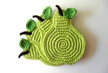 crochet knitting / by Laure Perreau