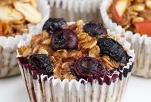 Ciasta / https://www.buzzfeed.com/robertbroadfoot/these-banana-oatmeal-muffins-are-perfect-for-a-snack-on-the