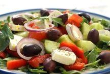 Mediterranean salads / Best salads from the Mediterranean cuisine