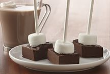 Gifts from the Kitchen / Create homemade sweets, treats and other DIY gifts that will warm hearts and taste buds alike.
