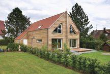 Natürlich bauen mit Holz  / Frei geplantes Architektenhaus