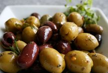 Olives & Garlic