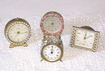 Old Vintage Clocks / by Debra Prince