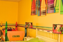 RMHSNJ Rooms Around the House / Twenty-one bedrooms and seven living areas makes for one busy, colorful house!