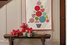 Christmas Quilt Projects / Dashing through the snow to create a quilted Christmas!