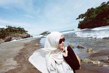 hijab on trip