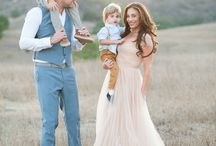 Fashion for the stylish family / Inspiration for what to wear at a family portrait session.